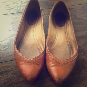 Frye Leather Flat in Cognac